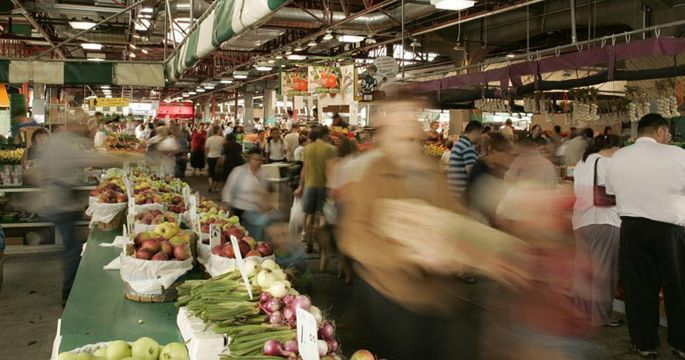 grocery-shopping-in-montreal-public-markets