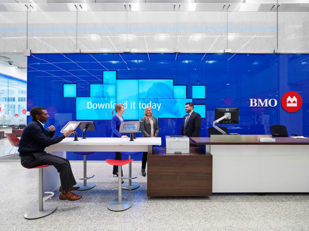 student-bank-account-in-canada-BMO